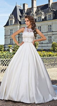 Wedding Dress @The Global Fashion House #theglobalfashionhouse.com