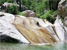 Amateurs de sensations fortes ? Essayez vous au canyoning en Corse ! #canyoning #corse #corsedusud #propriano #corsica #sport