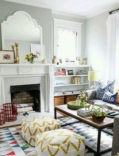 Again - layout - sofa in bay window and coffee table in middle..