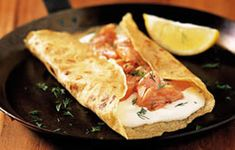 Crepes: the food the celts eat Breakfast And Brunch, Breakfast Recipes, Yummy Pancake Recipe, Pancake Recipes, Traditional French Recipes, Savory Pancakes, Crepe Recipes, Fusion Food, Fish Dishes