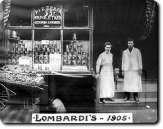The first pizzeria in the USA (Little Italy, Manhattan).