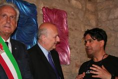 "Meeting with Minister of art end culture, italian republic in art exibition inside of "" Rocca Malatestiana "" Rimini Italy 2009 by Stefano Roselli   sculptor & designer stefano@rosellistudio.com  Skype contact : stefano.roselli71"