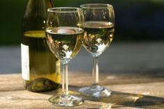 К какому страшному заболеванию приведет употребление белого вина