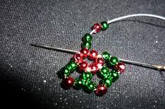 Estrella navideña en perlas | Manualidades Útiles