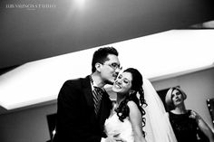 Wedding photo Wedding Photos, Weddings, Couple Photos, Couples, Wedding Dresses, Fashion, Bodas, Bridal Dresses, Moda