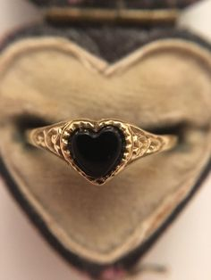 Vintage Antique Yellow Gold Onyx Heart Signet Ring  | eBay