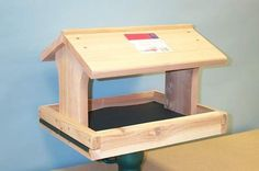 Special Offers - Songbird Essentials SESC1015C Fly Thru Feeder (Removable Tray) - In stock & Free Shipping. You can save more money! Check It (July 08 2016 at 07:54PM) >> http://birdhouseusa.net/songbird-essentials-sesc1015c-fly-thru-feeder-removable-tray/