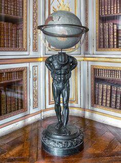 Bibliothèque de Louis XVI , Versailles , France - ( Photo Claude Rozier )