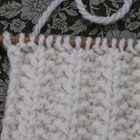 アラン模様(Basket Stitch)かご 棒針の模様編みの編み図と編み地「編み物模様パターンカタログ」