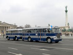 IHO - Közút - Centenáriumi buszünnep a Városligetben Bus Coach, Busse, Old Cars, Budapest, Retro, Vehicles, Trucks, Car, Retro Illustration
