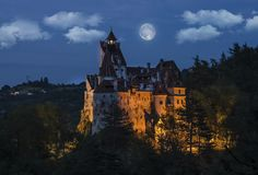Watch a horror movie and party the night away in 'Dracula's castle' - Lonely Planet Dracula Film, Dracula Castle, Vlad The Impaler, Gothic Castle, Zombie Walk, Lonely Planet, Horror Movies, Travel Inspiration, Places To Visit