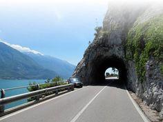 Via Oostenrijk of Zwitserland naar het Gardameer? Discussieer mee!