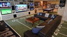 Pinner said: Justins dream man cave. Forget Justin, this is MY dream woman cave :) Man Cave Basement, Man Cave Garage, Garage Game Rooms, Basement Gym, Walkout Basement, Man Cave Designs, Ultimate Man Cave, Vagina, Man Cave Home Bar