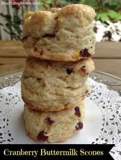 Cranberry Buttermilk Scones- The link on my other Cranberry Scone recipe no longer works. No worries, as this is almost the same! Yum-O! Brunch Recipes, Breakfast Recipes, Dessert Recipes, Desserts, Brunch Ideas, Cranberry Scones, Cranberry Recipes, Orange Scones, Biscotti