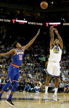 968c68586725 Golden State Warriors  Nick Young (6) shoots a jumper over New York Knicks