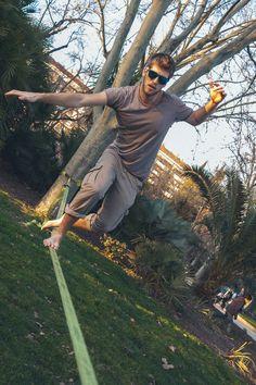 Pacific - Gafas de sol unisex, con montura mixta de frontal en acetato de celulosa y patillas de madera de Bambú realizadas a mano. Lentes BLUE MIRROR con protección UV400. Precio: 24.99 euros. #Pacific #Funambulista