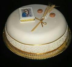 Primera Comunion Communion Cakes, Desserts, Food, Cake Designs, Tortilla Pie, The Originals, Pies, Tailgate Desserts, Dessert