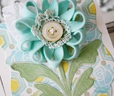 ribbon flower with button