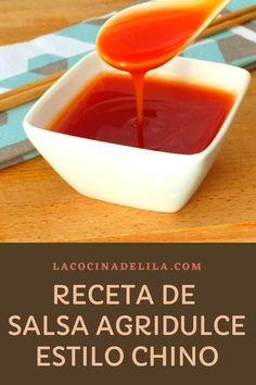 Aprende como hacer salsa agridulce china fácil y casera. La receta está explicada paso a paso y de forma sencilla, para que te sea fácil poder elaborarla. ¡Seguro que te saldrá deliciosa! #salsas #lacocinadelila