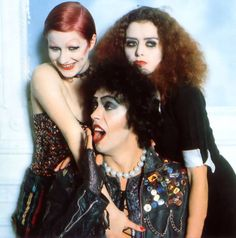 Rare alternative take from the famous Mick Rock shoot.