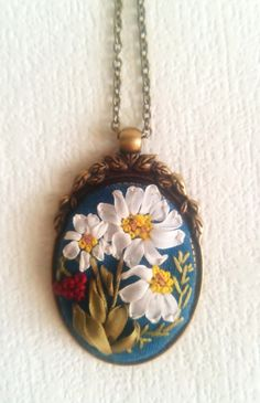 "OOAK Pendant embroidered natural silk ribbon ""Meadowy daisies"" - Unique jewelry…"