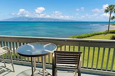 We have the perfect spot for your girls getaway weekend! Kahana Outrigger is a small oceanfront 16 unit low rise complex with shopping and restaurants nearby. http://ift.tt/2iaAKWW