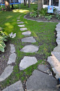 DIY+Stepping+Stone+Path