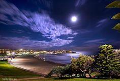 Super Moon. Bondi Beach, Sydney, NSW Australia