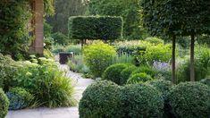 Gate House | Chris Moss Gardens