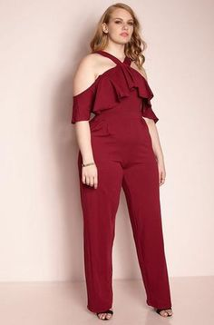 Beautiful Plus Size Ruffle off shoulder jumpsuit Solid, colored with flounce ruffle trimmed sides, and a wide leg. Plus Size Chic, Looks Plus Size, Curvy Fashion, Plus Size Fashion, Fashion Looks, Women's Fashion, Plus Size Maxi Dresses, Plus Size Outfits, Xmas Party Dresses