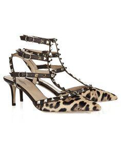 83ef6f74568 Valentino Valentino Studded Sandals