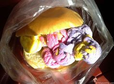 Only in the Philippines can one find ice cream in a bun sandwich. My dad still puts ice cream on his pandesal. Filipino Recipes, Asian Recipes, Ethnic Recipes, Filipino Food, Filipiniana, Pinoy Food, Beach Fun, Philippines, Cravings