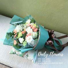 ช่อดอกไม้สดแสดงความยินดี สีสันสดใส สำหรับแสดงความยินดี Children, Young Children, Boys, Kids, Child, Kids Part, Kid, Babies