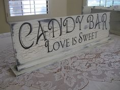 loving the candy bar idea!
