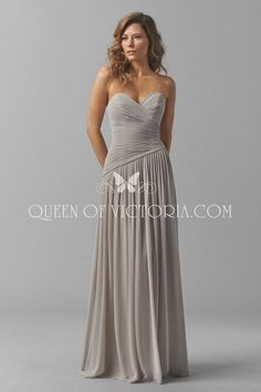 f88c268c44a A-line bridesmaid dress was made of crinkle chiffon