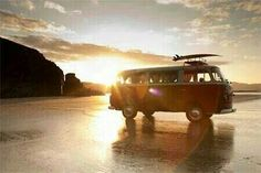 #kombi #volks #volkswagen #aircooler #antigomobilismo #desenho #arte #kmbilove #kombilife    Instagram: familia_volks_mg                 minas_kombi_clube  Facebook: https://www.facebook.com/familiavolksmg/ https://www.facebook.com/MinasKombiClube/ https://www.facebook.com/BAIXACARclub/