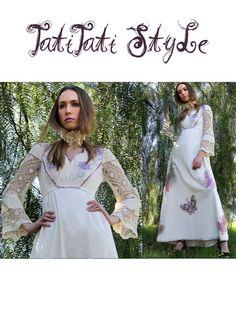 Šaty Maxi Klasické 70. vyšívanie / VEĽKÉ Motýle / háčkovaním Bell rukávy // staré oblečenie TatiTati štýl na Etsy