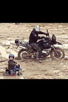 Hans wasn't overly fond of riding in mud, but had improved to the extent that he was able to overtake less experienced riders.