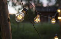 Outdoor lighting, easy way. Winter House, Outdoor Lighting, Light Bulb, Cottage, Home Decor, Eggs, Decoration Home, Room Decor, Exterior Lighting