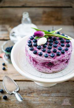 Nuss-Heidelbeer-Torte #ichbacksmir #blaubeeren