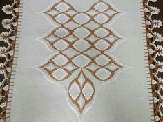 Discover thousands of images about Cross Stitch Borders, Cross Stitch Flowers, Cross Stitch Patterns, Hand Embroidery Stitches, Ribbon Embroidery, Bargello Needlepoint, Needlework, Diy And Crafts, Tapestry