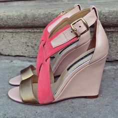 Pastel Glam Sandals - SS 2016  #the5thelementshoes #rosettishowroom #springsummer #readytogo #SS2016 #rosequartz #leather #sandals #vacation #mood
