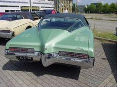 I had this in a beautiful blue...1971 Buick Rivera....beautiful car!!!!