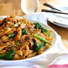 Thai Noodles (Pad See Ew), in 15 minutes! One of the most popular Thai street foods, made at home with everyday ingredients.