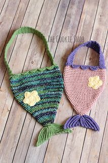 This mermaid tail bag pattern has both a child and an adult size option. Each is made with less than 1 skein of worsted weight yarn (I used I Love This Yarn!). You will also some worsted weight yarn in a contrasting color. Everything is worked using a size I (5.5mm) crochet hook except for the optional starfish on the child-sized pattern, which uses a 7 (4.5mm) crochet hook. But you can easily substitute different hooks since gauge isn't critical.