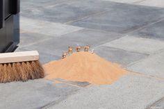 Scènes miniatures à Dubai par l'artiste anglais Slinkachu - Journal du Design