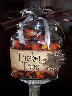 perfect gift for Thanksgiving! Give a Jar of Turkey Toes! Haha~~ decorative jar of candy corn in fall colors. Thanksgiving Treats, Thanksgiving Decorations, Holiday Treats, Holiday Fun, Thanksgiving Turkey, Thanksgiving Chalkboard, Thanksgiving Punch, Festive, Thanksgiving Baking