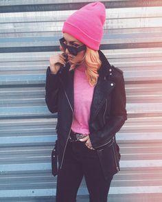 "2,823 Me gusta, 26 comentarios - Olga Victoria 🦄 #DirtyEjercito (@dirty_closet) en Instagram: ""LOTD #PinkPower 💕 Beanie @asos_es  Gafas #AlexanderWangXHm  Cinto @hm  Resto @zara"""