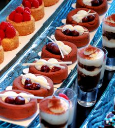 A treat at the One & Only Plating Techniques, Best Blogs, Cheesecake, Treats, Desserts, Presentation, Food, Sweet Like Candy, Tailgate Desserts