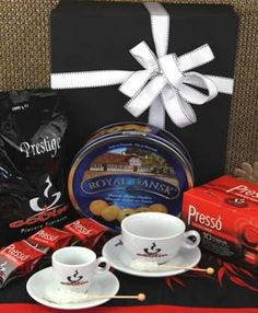 South Africa Snack & Gift Hampers for all occasions. Coffee Hampers, Gift Hampers, Plush Dolls, South Africa, Wraps, Snacks, Chocolate, Fruit, Drinks